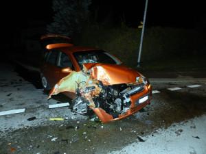 Am Kleinwagen entstand Totalschaden. (Bild: Kapo TG)