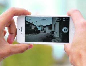 Mit Smartphones wie diesem kann bestens gefilmt werden. (Bild: Thomas Martens)