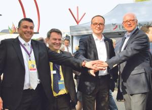 Gemeinsam stark (v.l.): Werner Meister, OK-Präsident Kreuzlingen, Hilmar Wörnle, Geschäftsführer Stadtmarketing Konstanz, Uli Burchardt, Oberbürgermeister Konstanz und Andreas Netzle, Stadtammann Kreuzlingen. (Bild: kb)