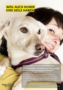 Jessy Bachmeier aus Tägerwilen und ihr Hund Siri liessen sich für die Aktion ablichten. (Bild: zvg)