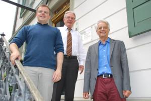Michael Kubli, Schulpräsident Jürg Schenkel und Markus Raimann (v. li.). (Bild: Thomas Martens)