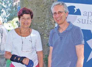 Helene Eisenhut, ehemalige Präsidentin des Tierparkvereins, und Werner Brühmann, Leiter Logopädie an der Rehaklinik Zihlschlacht. (Bild: sb)