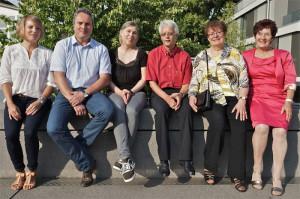 Unser Bild zeigt (v.l.) die neuen Behördenmitglieder Franziska Lio, Martin Troll und Karen Kägi Appius sowie die Pensionäre Markus Raimann, Margrit Baumgartner und Vroni Schmid. (Bild: zvg)