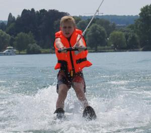 Wasserskifahren macht Spass. (Bild: zvg)