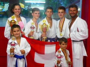 Die erfolgreichen Kämpfer der KS Martial Arts aus Kreuzlingen. (Bild: zvg)