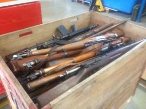 Die zweite Waffen-Sammelaktion in Kreuzlingen stiess auf ein grosses Interesse. (Bild: Kapo TG)