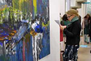 Vernissage im Kunstraum Kreuzlingen anlässlich der Thurgauer Werkschau. (Bild: kb)