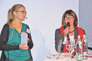 Stadträtin Dorena Raggenbass (r.) und Konzilstadt-Geschäftsführerin Ruth Bader bei der Vorstellung des Jubiläumsprogramms. (Bild: Thomas Martens)
