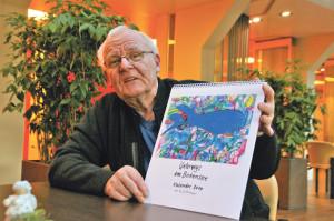 Für Freunde und Familie fertigt Günter Dittmann auch Kalender mit seinen Bildern an. (Bild: sb)