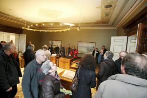 Grosses Interesse für das Regierungssitzungszimmer, wo die Thurgauer Regierung einmal wöchentlich tagt. (Bild: zvg)