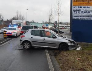 Das Auto wurde erheblich beschädigt (Bild: Kapo TG).
