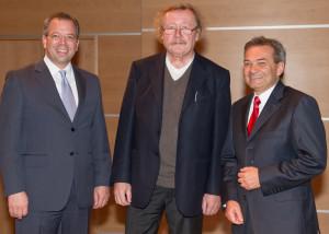 Peter Hinder, CEO der Thurgauer Kantonalbank, Prof. Dr. Peter Sloterdijk und René Bock, Bankpräsident der TKB (v.l.) referierten am Neujahrsapéro im Casino in Frauenfeld. (Bild: zvg)