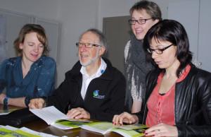 Sie präsentierten das gemeinsame Leitbild (vl): Monika Lerch, Hans Eberhardt, Claudia Ilg und Sandra Stadler. (Bild: Kurt Peter)
