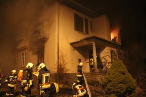 In Kreuzlingen hat es erneut gebrannt, diesmal an der Hafenstrasse. (Bild: Sebastian Schaad)