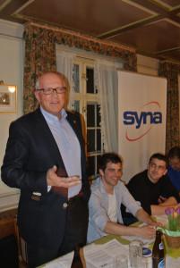 Stadtammann Andreas Netzle übermittelt der Syna Sektion die Grüsse aus dem Stadtrat. (Bild: zvg)