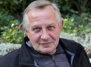 Hans-Ruedi Binswanger liest im Z88. (Bild: zvg)