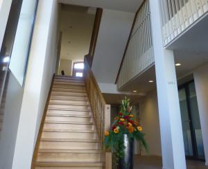 Blick vom neuen Zugang Nord ins imposante Treppenhaus. (Bild: zvg)