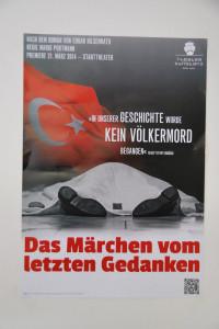 """Das Plakat zum Theaterstück """"Das Märchen vom letzten Gedanken"""" wurde mittlerweile durch ein unverfänglicheres ausgetauscht. (Bild: sb)"""