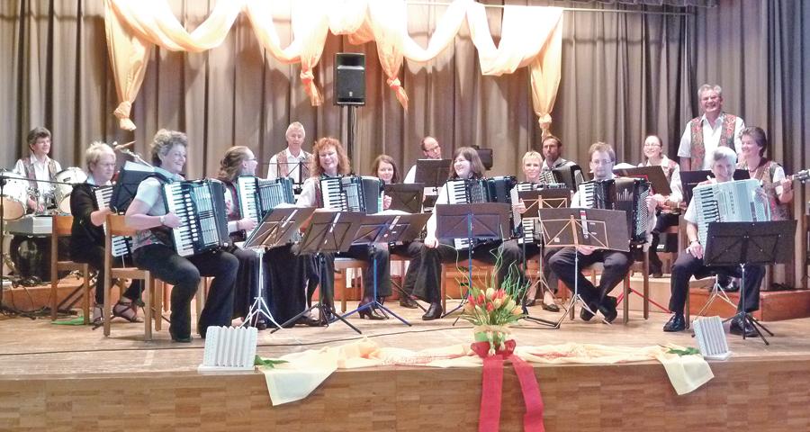 Der Handharmonika-Club Kreuzlingen lädt zum Frühjahrskonzert. (Bild: zvg)