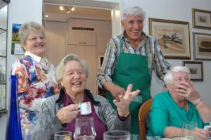 Das Migros-Kulturprozent fördert lustige Seniorenrunden. (Bild: zvg)