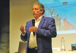 Gemeindeammann Markus Thalmann ist für eine Beteiligung an der Kreuzlinger Schwimmhalle. (Bild: sb)