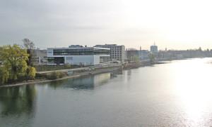 Aus dem Neubau der insolvent gegangenen Solarfirma Centrotherm soll ein Veranstaltungshaus entstehen. (Bild: ek)