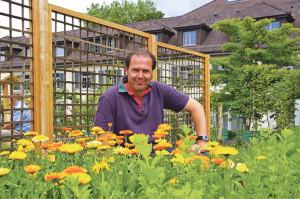 Herr über die Gärten: Daniel Brogle. (Bild: sb)