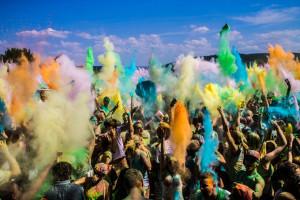 Eine solche Farben-Gaudi wird es in der Bodensee-Arena am 12. Juli nicht geben. (Bild: zvg)