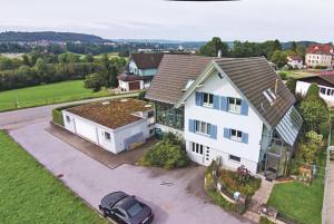 Goldinger stellt Immobilien aus einem anderen Blickwinkel dar.(Bild: zvg)