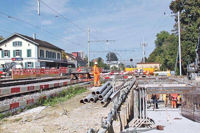 Beim Bahnhof Kreuzlingen Hafen entsteht eine Unterführung zum dritten Gleis und zum Seeburgpark. (Bild: ek)