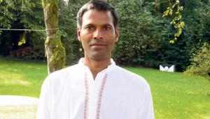Shankar Shakunala eröffnet am Samstag seine Praxis.(Bild: zvg)