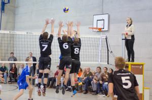Brühweiler (7), Krattiger (6) und Feuerle (8) stellen den Block gegen Amriswil. (Bild: Oliver Cerny)