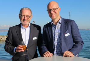 Hermann Hess (links) und Rolf Müller sind sich einig über die Bedeutung von Investitionen in die regionale Tourismusbranche. (Bild: zvg)