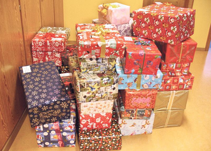 freude und hoffnung schenken an weihnachten. Black Bedroom Furniture Sets. Home Design Ideas