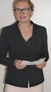 Frau Gemeindeammann Rosmarie Obergfell bei ihrem Grusswort zum Neuen Jahr. (Bild: Martin Bächer)