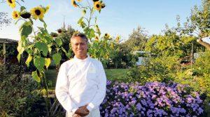 Raj Beedasy, international bekannter Reiki- und Ayurveda-Therapeut, ist wieder zu Gast im «Yoga am See».(Bild: zvg)