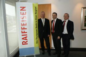 Ralph Kepper, Urs Schneider und Peter Bühler, Direktor der RB Aadorf. (Bild: zvg)