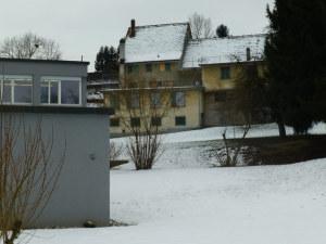 Das besagte Gebäude im Hintergrund. (Bild: zvg)