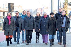 Die Gemeinderatskandidaten der Freien Liste: (v.l.) Anna Rink, Urs Wolfender, Martin Lorenz, Werner Fritschi, Veronika Färber, Monika Bäriswyl, Eva Häberlin, Daniel Moos und Jörg Engeli.(Bild: ek)