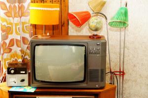 Alte Röhrenfernseher haben ausgedient. (BIld: Karl-Heinz Laube/pixelio.de)