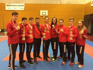 So sehen Sieger aus: Das Team von Elson Sport & Karate. (Bild: zvg)