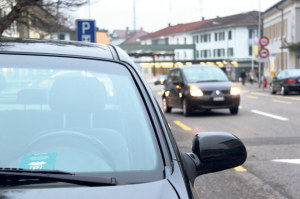 Parkscheibe ade: An 365 Tagen im Jahr kostet Parkieren hier zukünftig zwei Franken die Stunde. (Bild: ek)