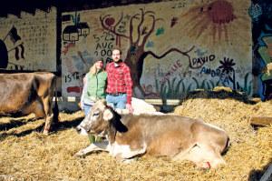 Die neuen Pächter auf dem Ekkharthof heissen Tamara und Jürg Hubacher. (Bild: zvg)
