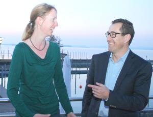 Vizepräsidentin Fabienne Schnyder und der neue Präsident der Regio Kreuzlingen, René Walther, setzen sich für die Stärkung der regionalen Zusammenarbeit ein. (Bild: zvg)