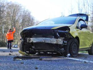 Der 32-jährige Autofahrer wurde beim Unfall leicht verletzt. (Bild: Kapo TG)