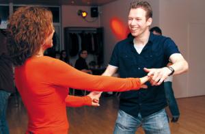 Beim Tanzen werden nicht nur Ausdauer, Koordination und Balance verbessert, sondern es erweitert auch die mentalen Kapazitäten.(Bild: zvg)