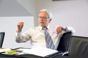 Hat die Finanzen der Schule immer gut im Griff gehabt: Schulpräsident Jürg Schenkel. (Bild: sb)