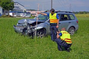 Der Autofahrer wurde beim Unfall schwer verletzt. (Bild: Daniel Metzler/Kapo TG)