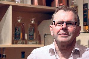 Siegfried Soya, Inhaber der Weinhandlung Sideways. (Bild: ek)