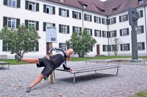 Es gilt Übungen für Kraft, Ausdauer und Beweglichkeit zu absolvieren. (Bild: ek)